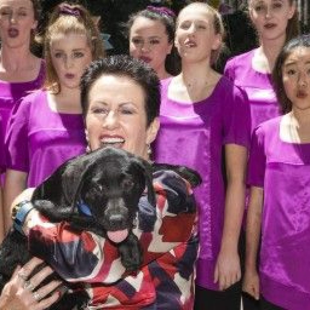 Syd Xmas launch_Aus Girls Choirs_Pilot Guide Dog puppy 1 620x256