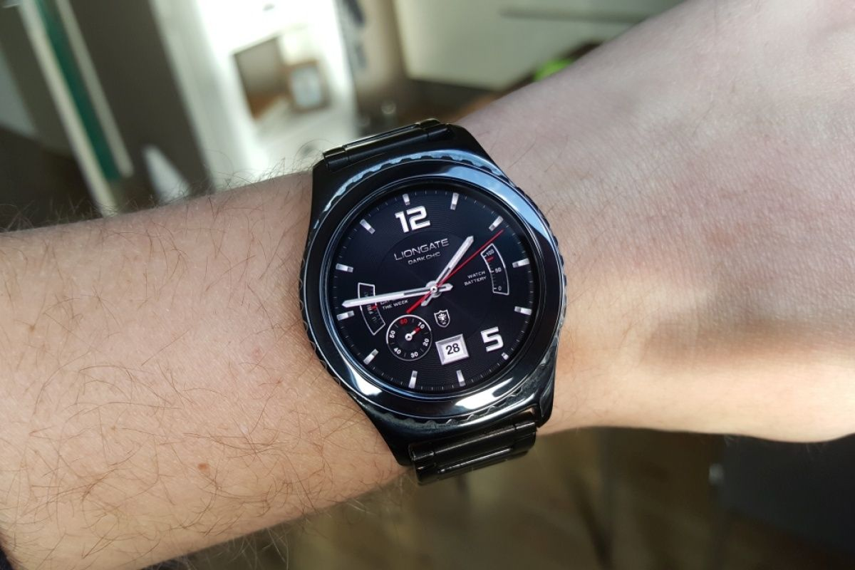 Samsung might launch the Gear S2 and the Gear VR in India this month