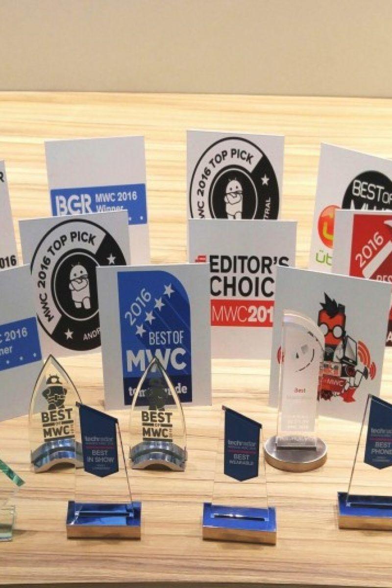LG Awards at MWC 02