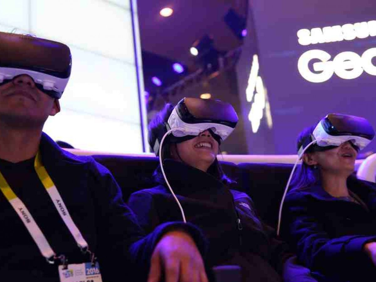 Samsung patents Gear VR sensor that picks up in-air gestures to trigger clicks