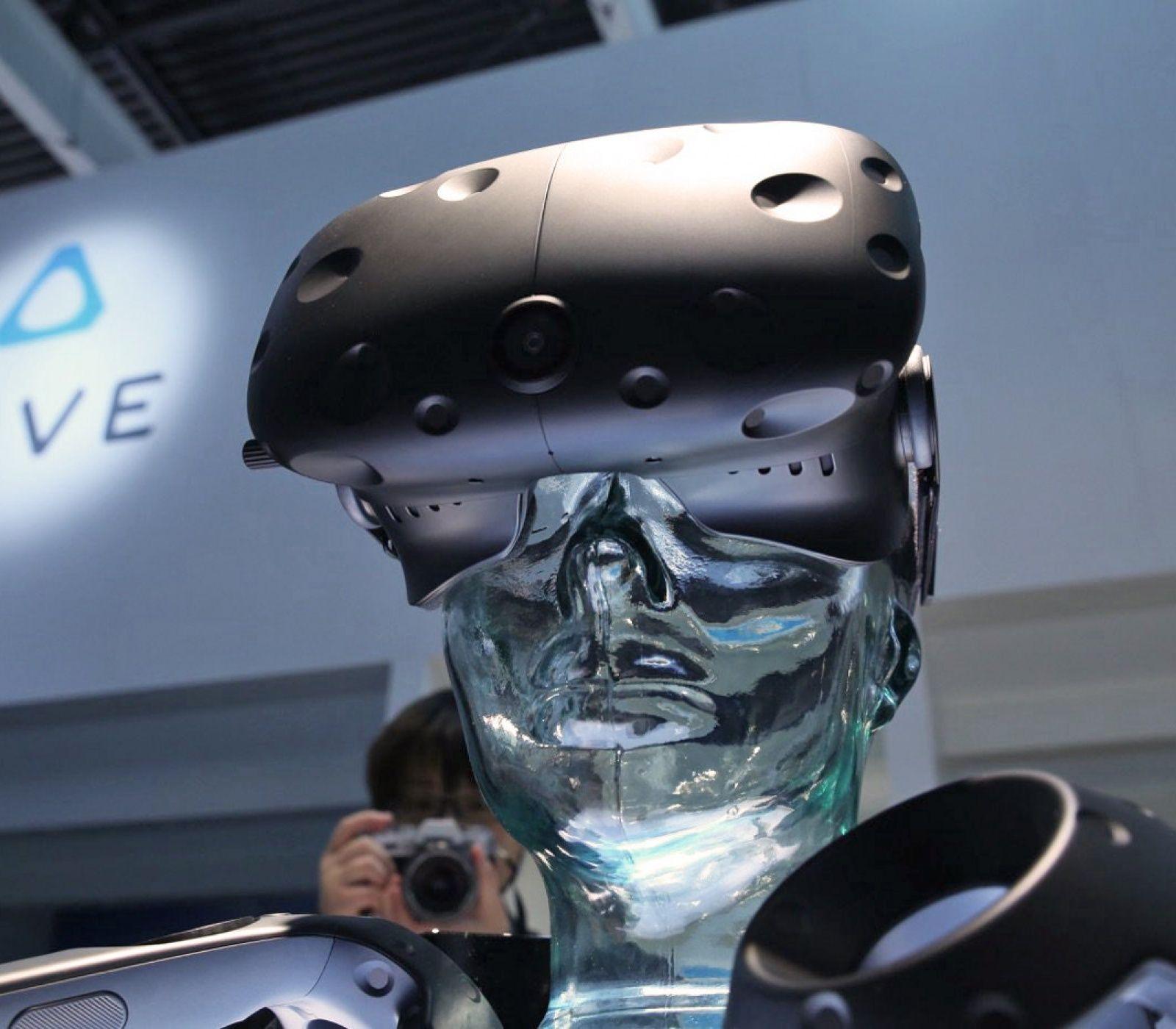 HTC's Vive X program will invest $100 million in VR startups