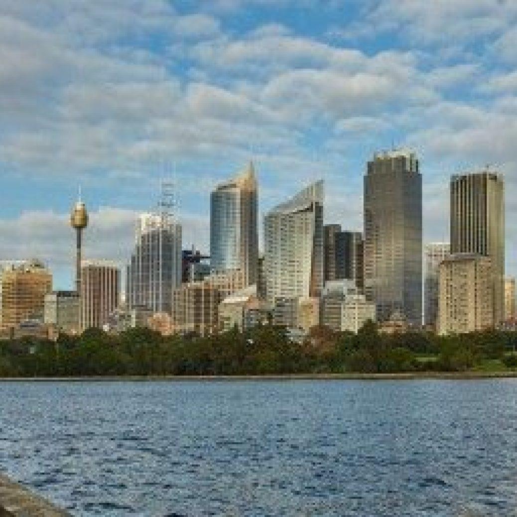 CSPS Sydney skyline from the east 620x2561