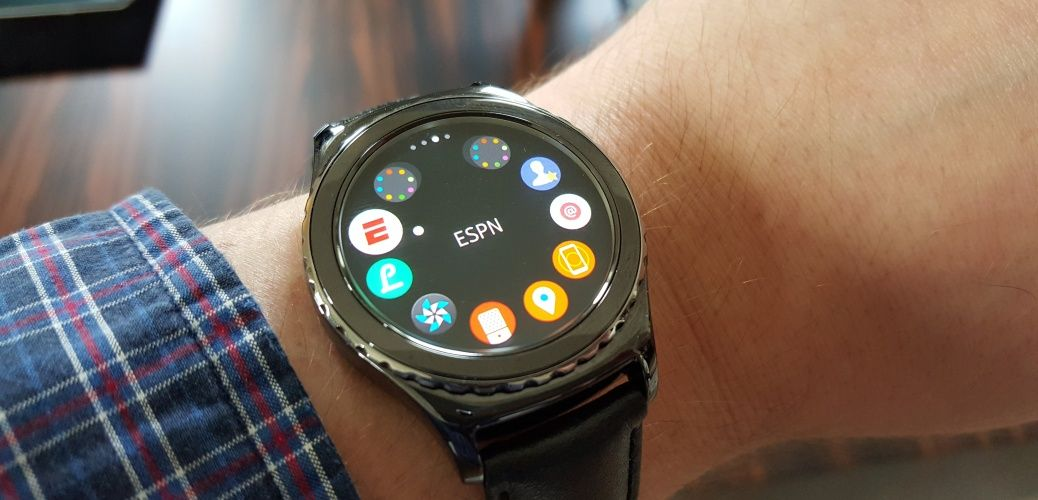 Samsung releases major software update to the Gear S2 with new features