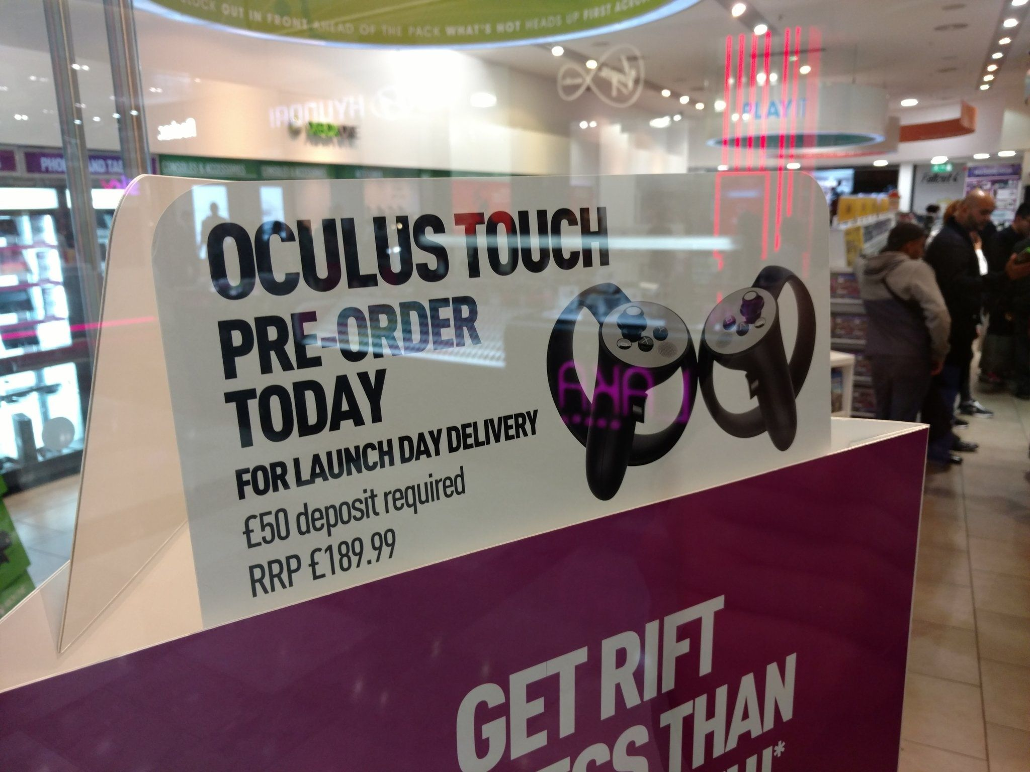 Oculus Touch starts pre-orders in UK for £190