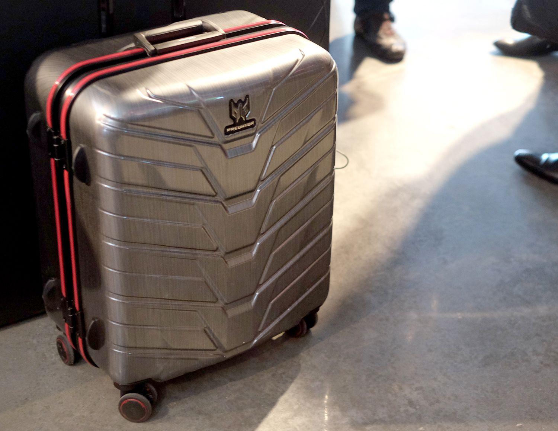 predator-g1-suitcase