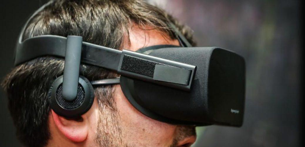 old-oculus-wireless-headphones