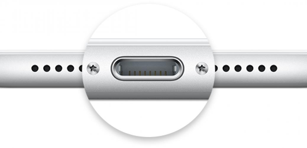 iPhone 6s Lightning Port