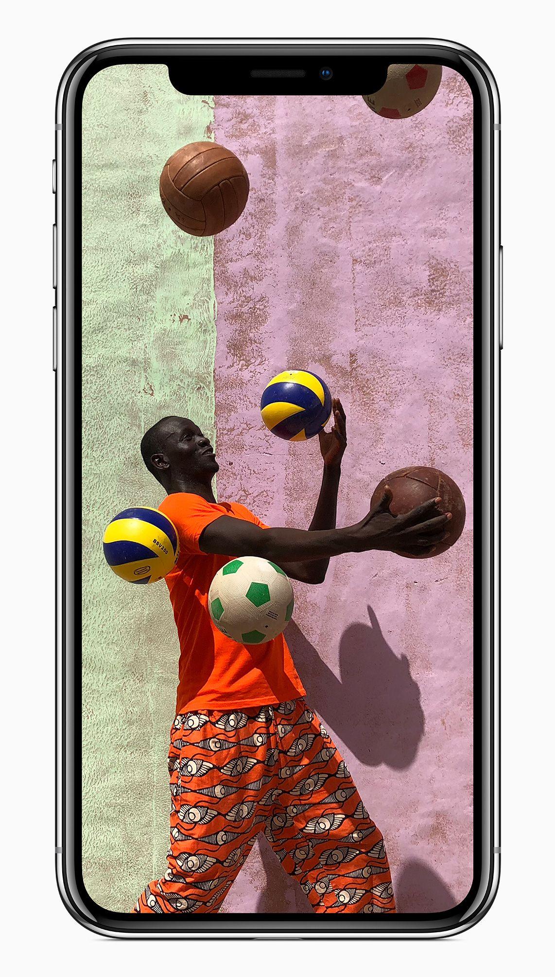 iphonex_front_vibrant_camera