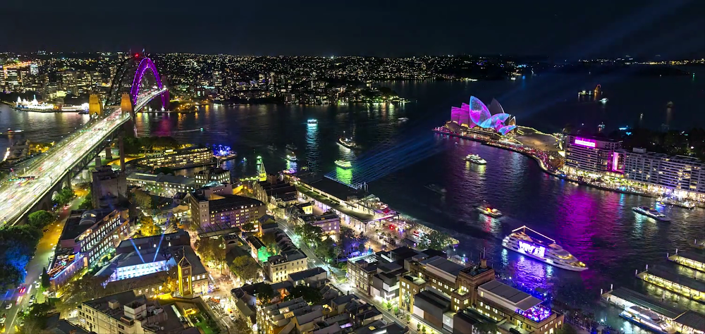 Once in A Lifetime Experience, Capture Your Magical Moment - Vivid Sydney 2018!