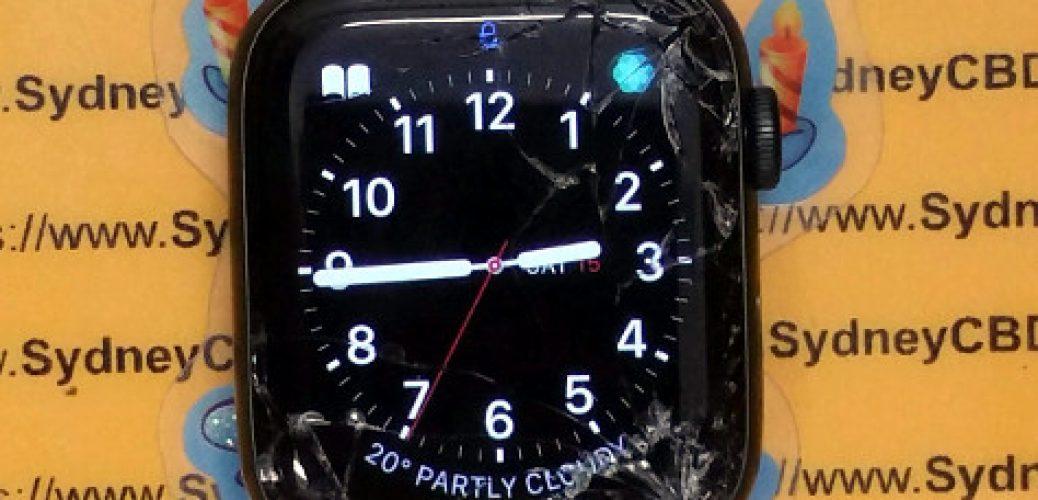 Broken-Apple-Watch-Series-5-44mm-Screen