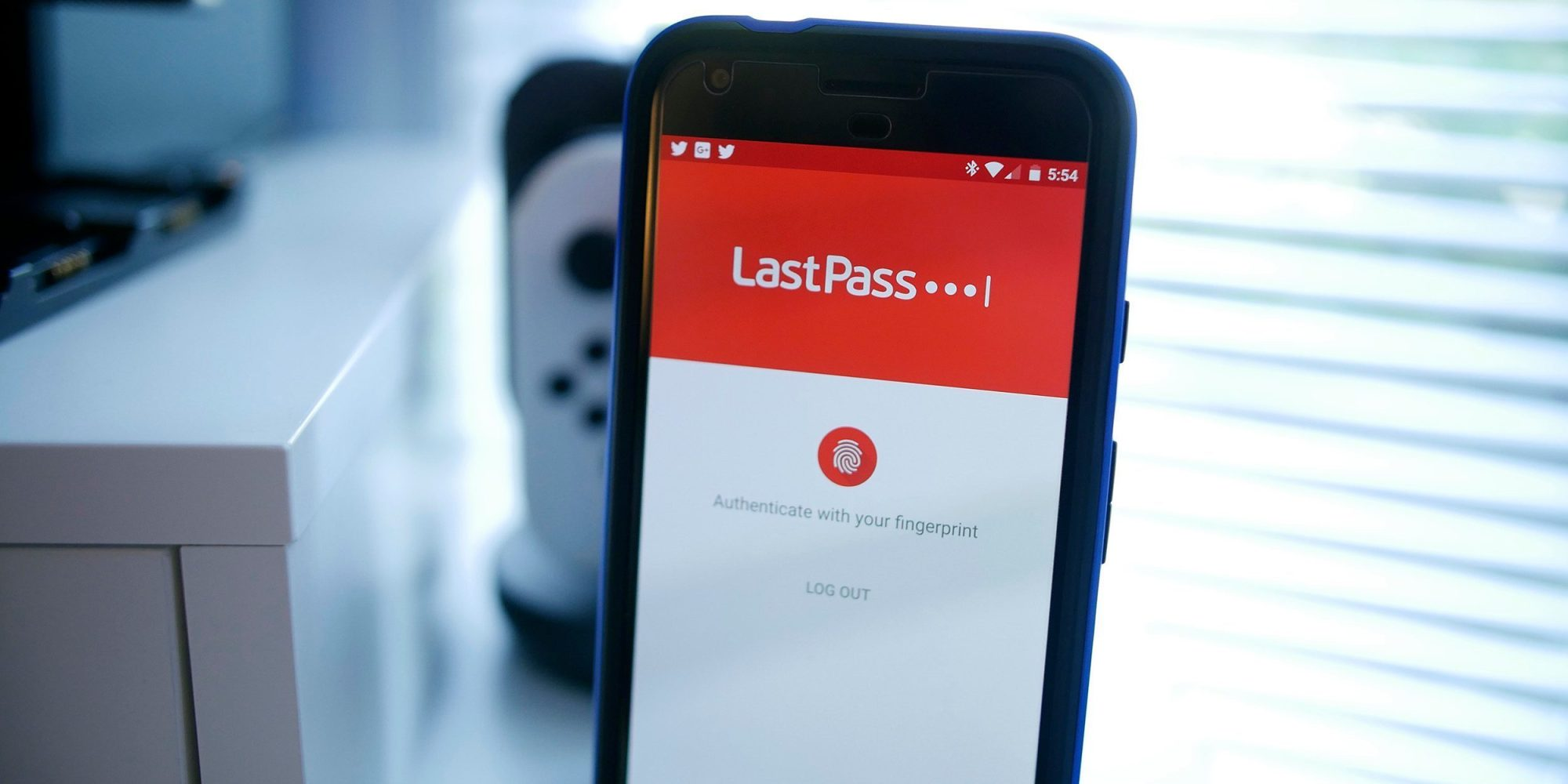 ❤ LastPass will restrict free users to only one type of device starting next month